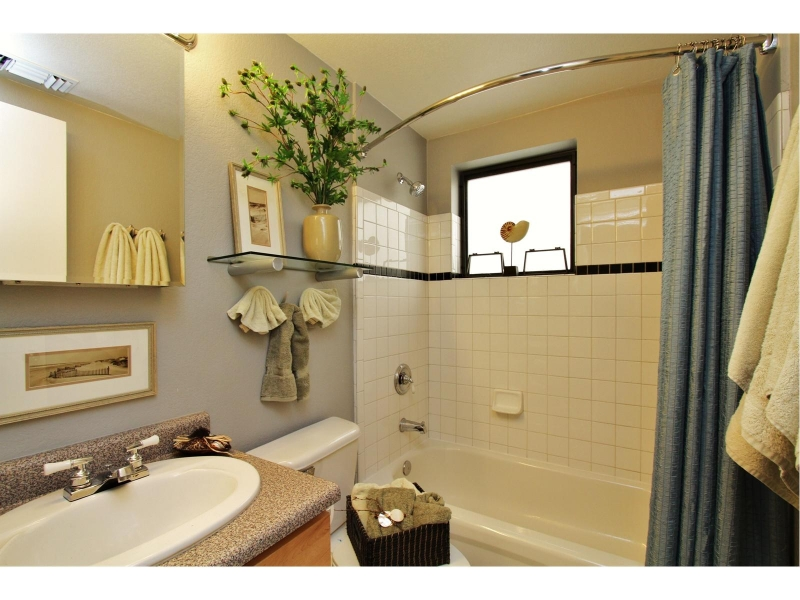 bathroom-staged